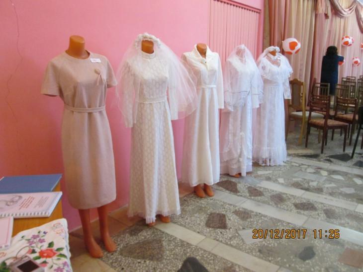 Ретро выставка свадебных платьев